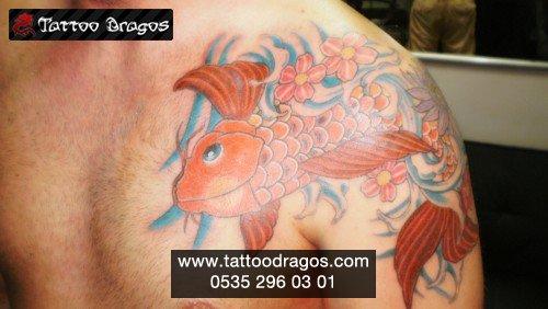 Koi Japon Balık Tattoo