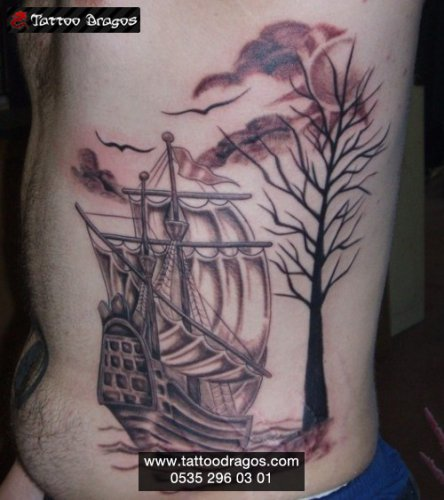 Yelkenli Gemi Tattoo