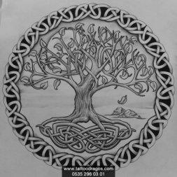 Celtic Ağaç Dövme Modeli