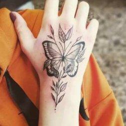 Kelebek Dövmesi